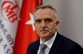 """مسؤول بالرئاسة التركية يكشف """"ملابسات"""" إقالة رئيس البنك المركزي"""