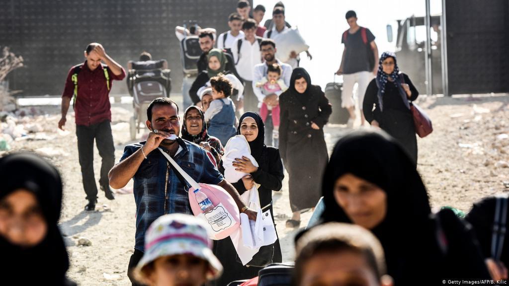 الإغلاق التركي يزيد معاناة اللاجئين السوريين