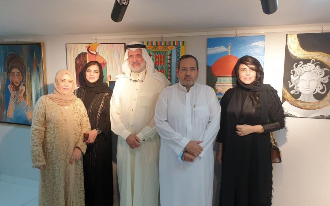 """السفير منصوري وأدهم يفتتحان جاليري """"لمسة فن"""""""