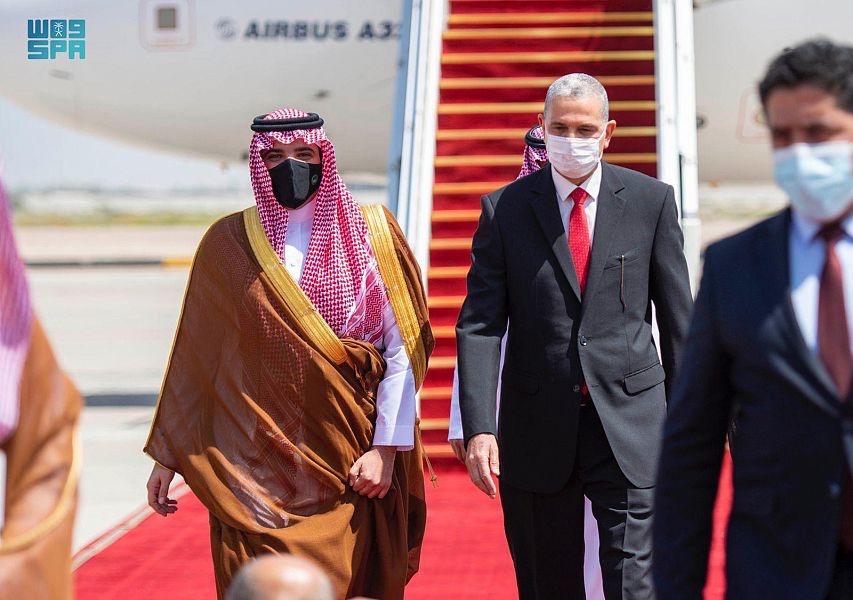 وزير الداخلية السعودي يصل إلى العراق في زيارة رسمية .