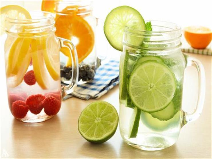 5 مشروبات تناولها على معدة فارغة يساعدك في خسارة الوزن