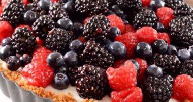 دراسة: عصير التوت البري يخفض خطر الإصابة بعدوى المسالك البولية