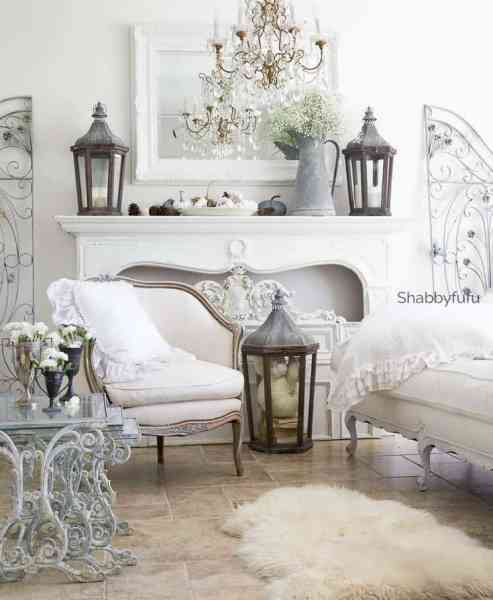 french farmhouse bedroom decor French Country Fall Decorating Ideas - shabbyfufu.com