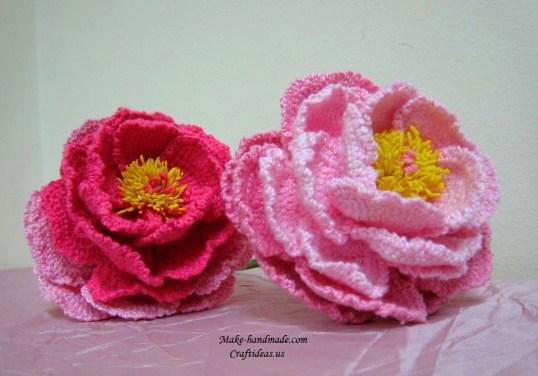 Crochet-peony-flowers-and-beautiful-bouquet