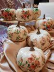 Zucche di Halloween pitturate e decorate Shabby