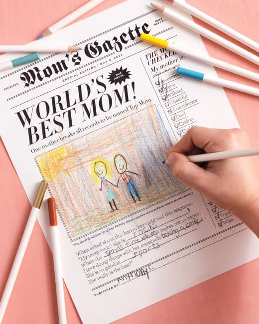 Mom Newspaper. Mother's day printable. Shabbymintchiciparty.com