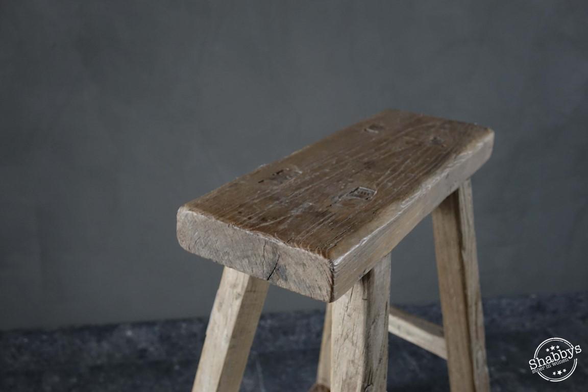 Shabbys-Stoer in wonen-Authentieke, stoere, Chinese houten kruk, recht