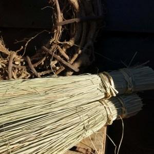 Shabbys-Stoer in wonen-Stro bundel Rata, met stoer touw, hoogte 50 cm