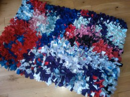 Recycled clothing rag rug