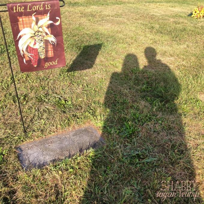 Ben's grave2-5