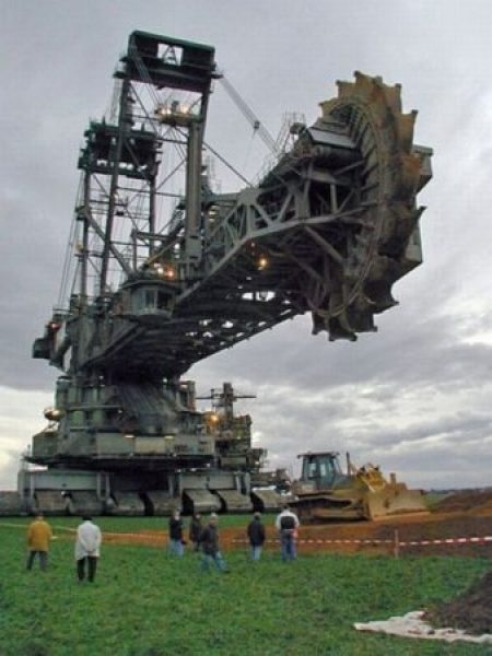Bagger 288 moving to new site