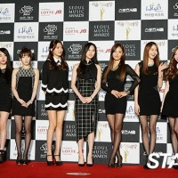 Girls' Generation at the red carpet event of the Seoul Music Awards