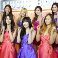 SNSD express their support for South Korea's team in the 2014 FIFA World Cup
