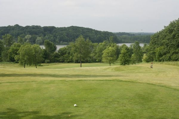 The word Waters edge golf course share