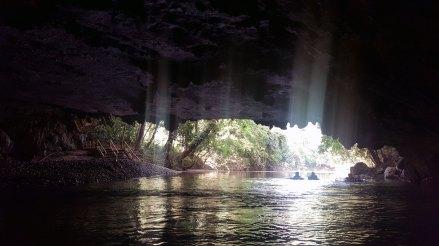 belize-cave-tubing5