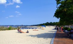 There is a beach in Yorktown!