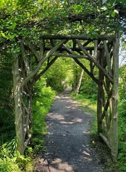 Inviting trail