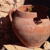 God's Power in Earthen Vessels