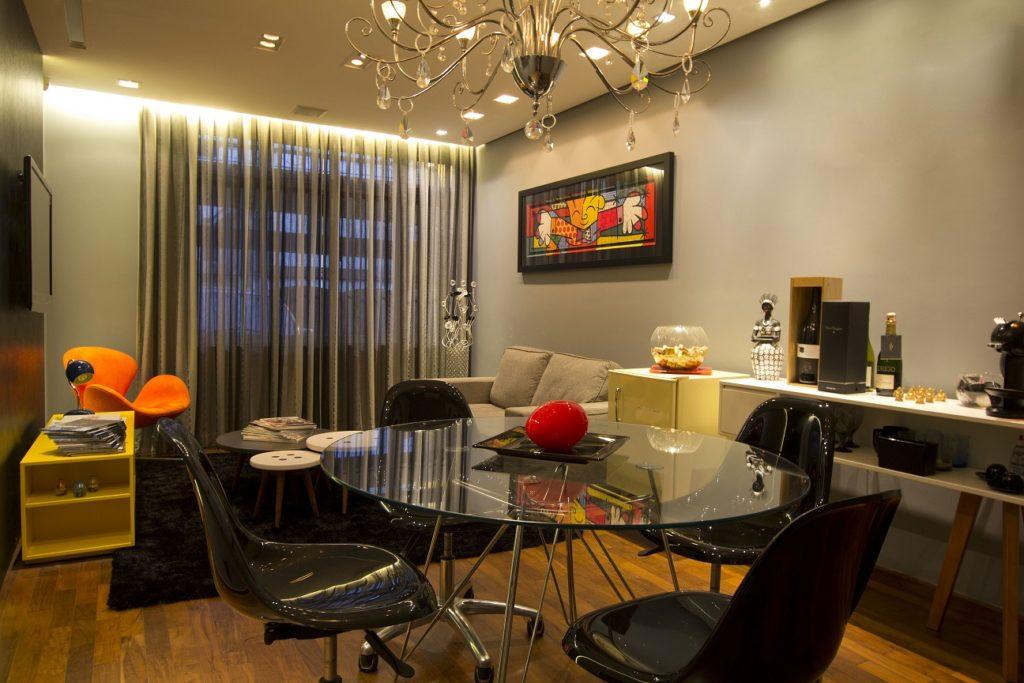 interior designer - decorating environments