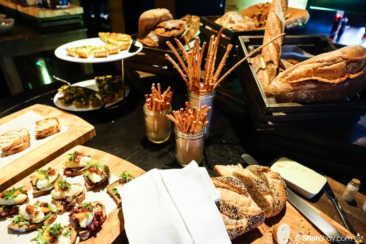 Sunday Brunch Bangkok - Fabulous Brunch Buffet Spread at The District - Sandwich tidbits