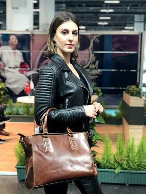Brown-Classy-Leather-Tote-Bag-model
