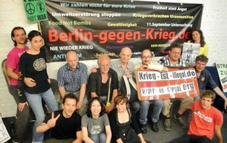 Coop Anti-War Cafe Berlin loves Iran and Israel