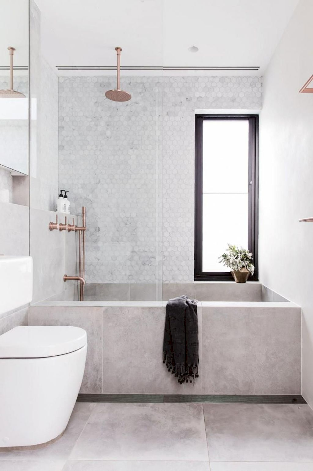 Tiles Ideas for Small Bathroom (44)
