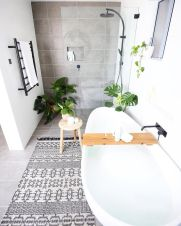 70+ Tiles Ideas for Small Bathroom - Get more Ideas in our gallery | #smallbathroom #bathroomdecoration #bathroomideas #bathroomtiles #bathroomdecor #homedecor (79)