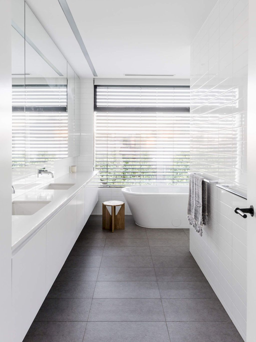 70+ Tiles Ideas for Small Bathroom - Get more Ideas in our gallery | #smallbathroom #bathroomdecoration #bathroomideas #bathroomtiles #bathroomdecor #homedecor (85)