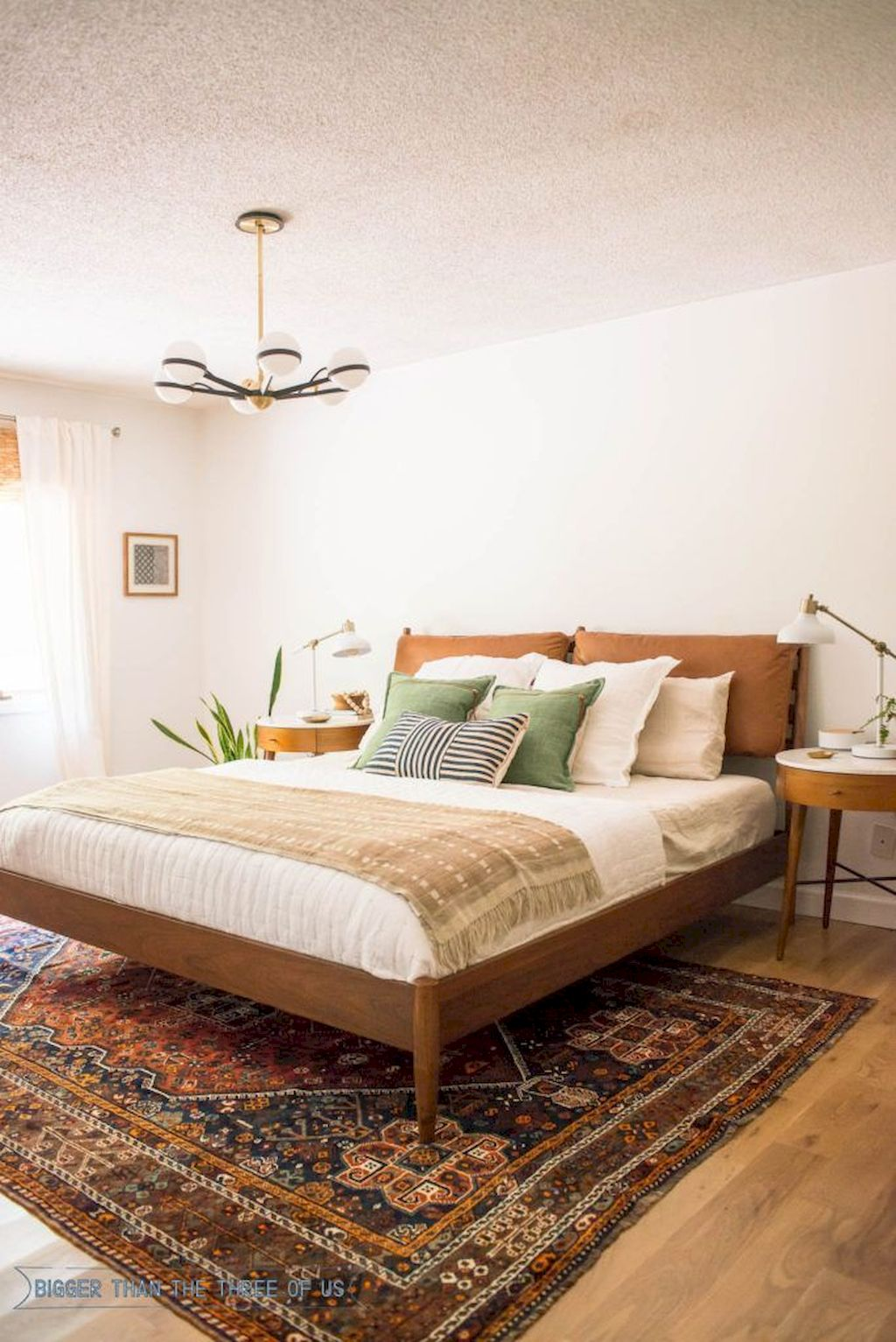 Affordable Bedroom Design With Comfortable Beds and Furniture Part 13