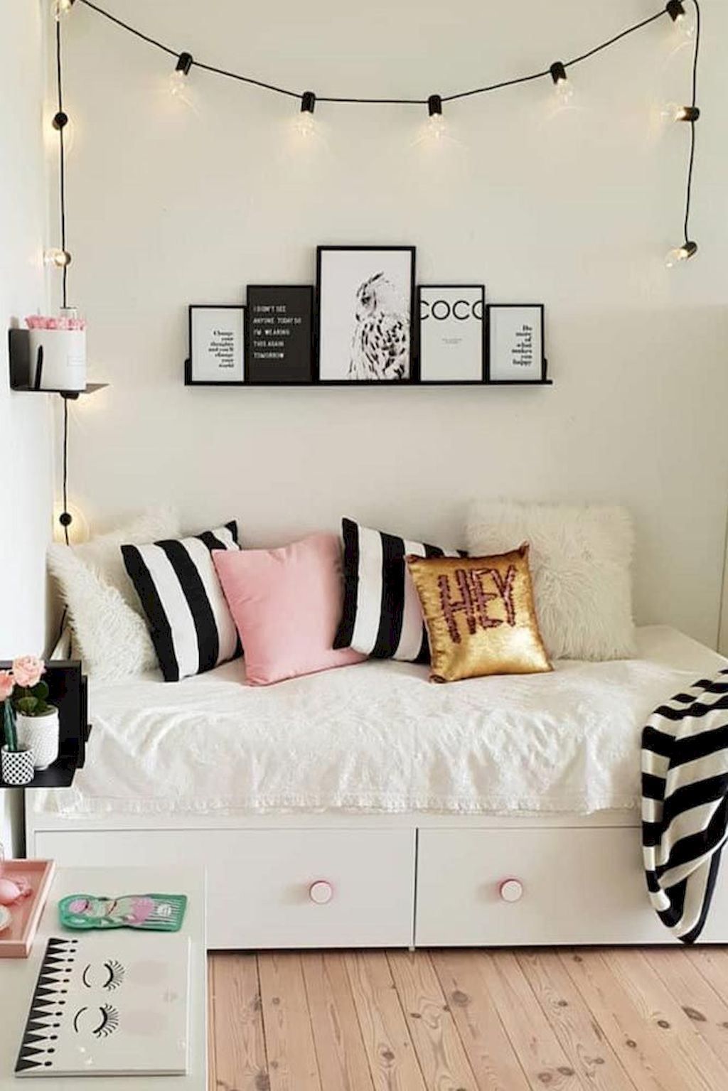Awesome Bedroom Furniture Ideas For Simple Modern Bedroom Designs Part 31