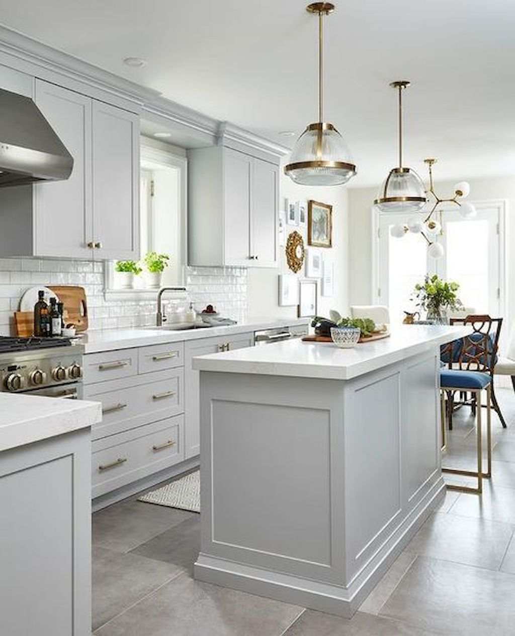 Bright Kitchen with White Kitchen Concept that Never Look Boring Part 5