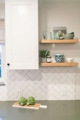 Bright Kitchen with White Kitchen Concept that Never Look Boring Part 8