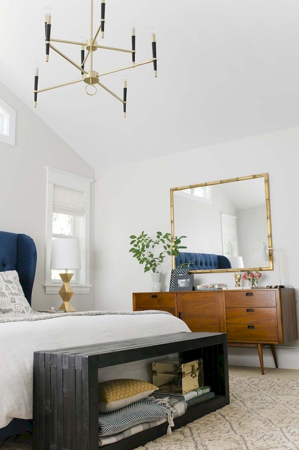 Minimalist Bedroom Concept with On Budget Furniture Ideas Part 40