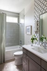 Stunning Small Bathroom Ideas On A Budget (23)