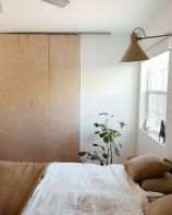 Top Ideas Modern Bedroom with Simple Platform and Minimalist Furniture Part 24