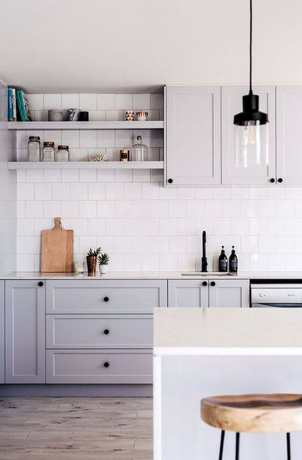 White Kitchen Designs With Beautiful Simple Accessories Part 25