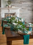 Charming Easter centerpieces and springy table decor ideas to get your Easter party hopping Part 21