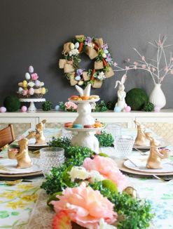 Charming Easter centerpieces and springy table decor ideas to get your Easter party hopping Part 31