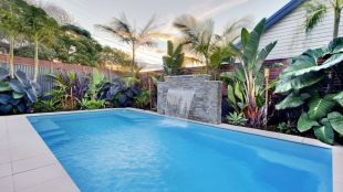 Inground tiny swimming pool in a small backyard that pick the best shape Part 13