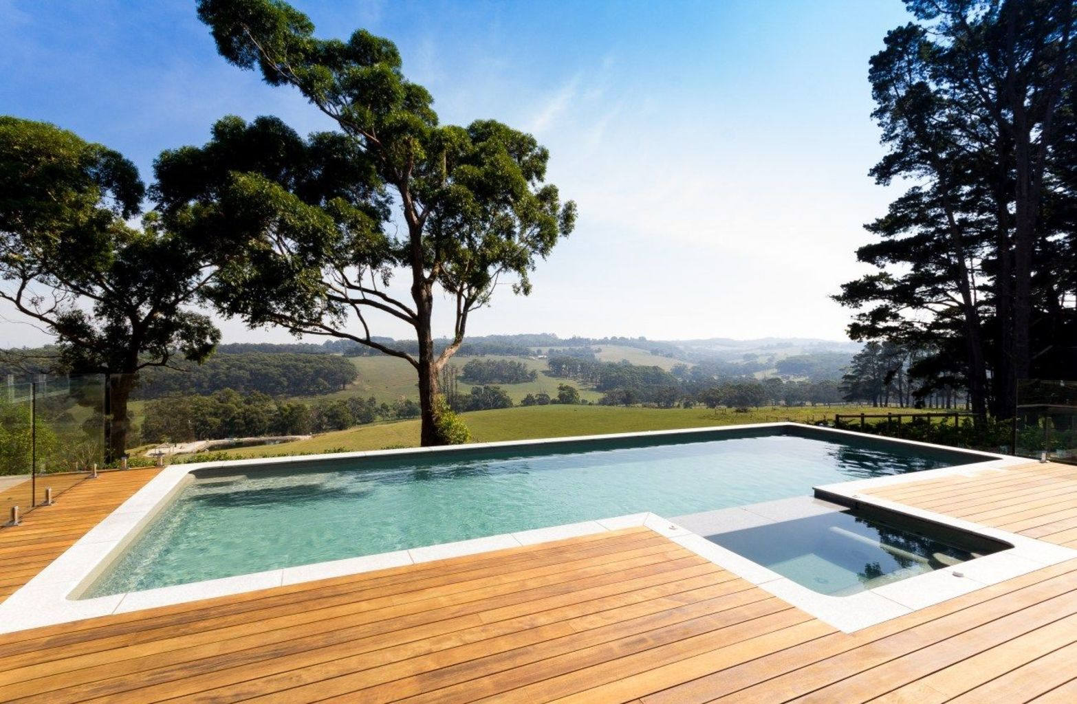 Inground tiny swimming pool in a small backyard that pick the best shape Part 5
