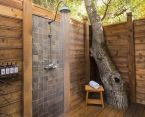 Outdoor showers and bath perfect for beach homes cabins and tropical climates Part 11