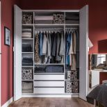 Small Space Closet Designs with Neat and Effective Organization Tricks (24)