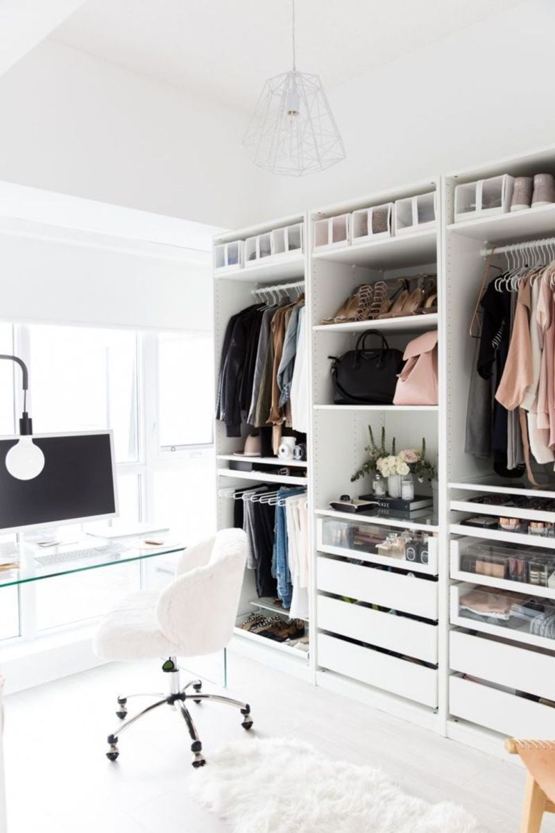 32 Smart Closet Designs: Ergonomic Organizing Rules