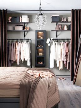 Small Space Closet Designs with Neat and Effective Organization Tricks (7)