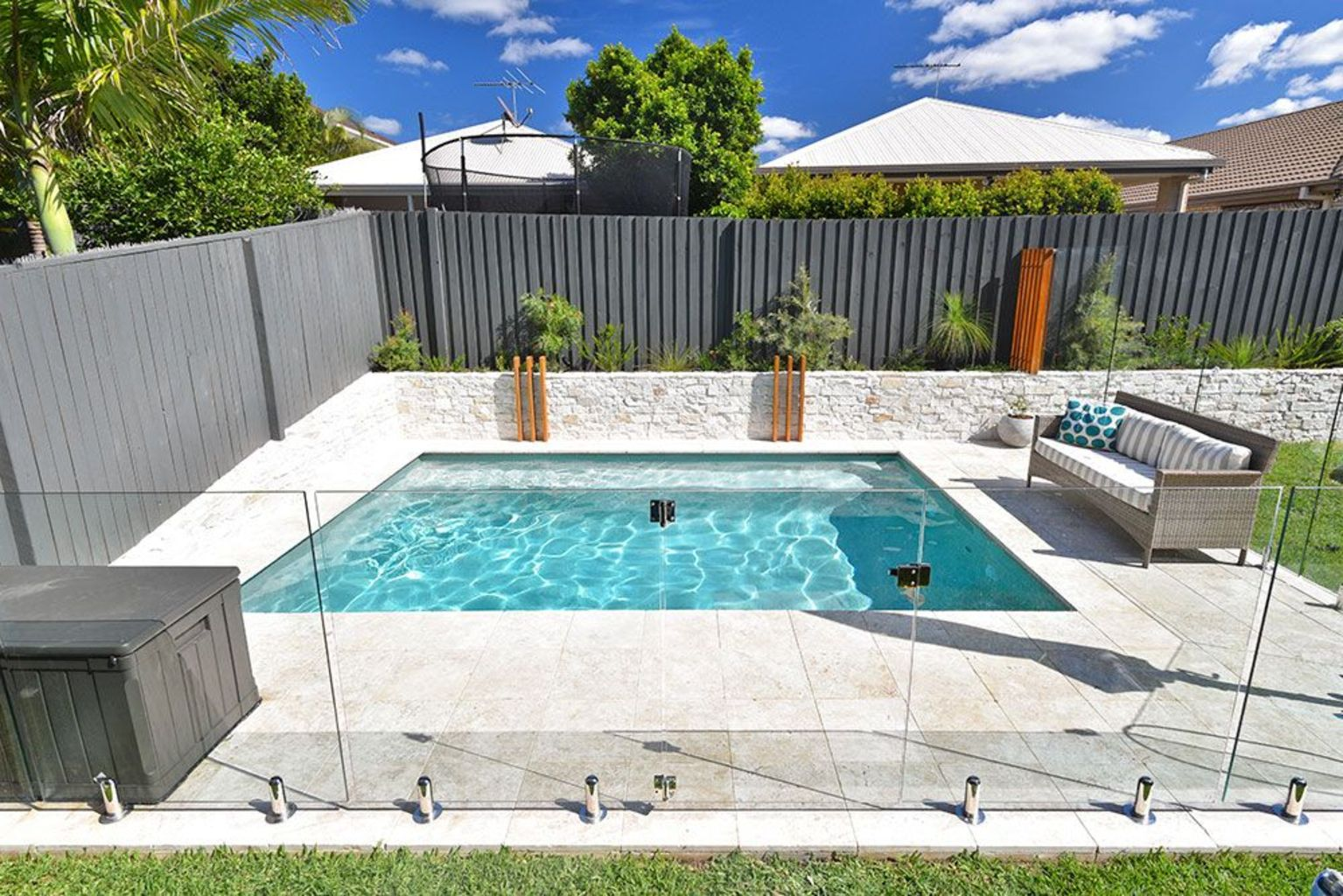 Small swimming pools made for small spaces and tight budgets Part 32