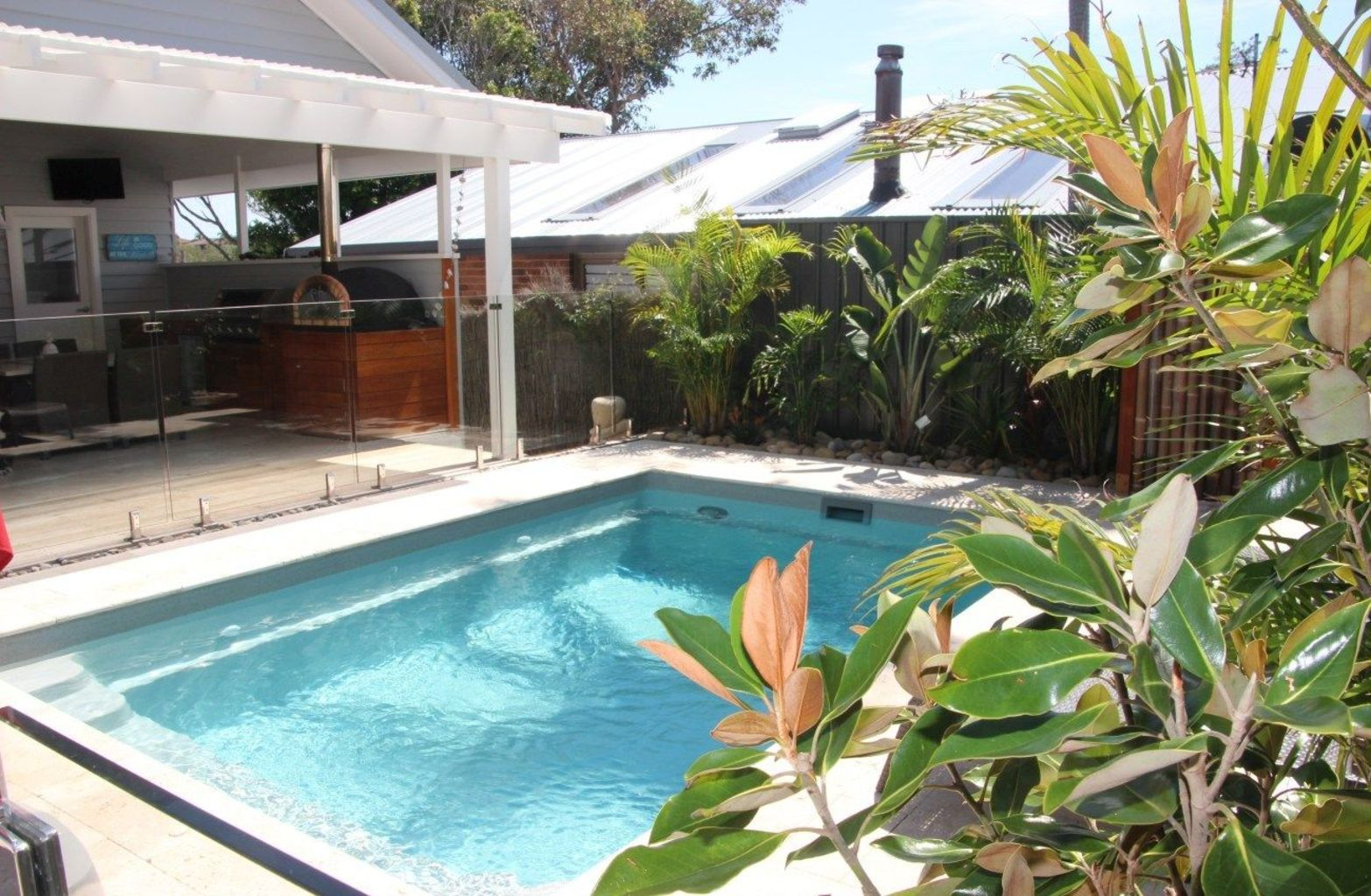 Small swimming pools made for small spaces and tight budgets Part 34