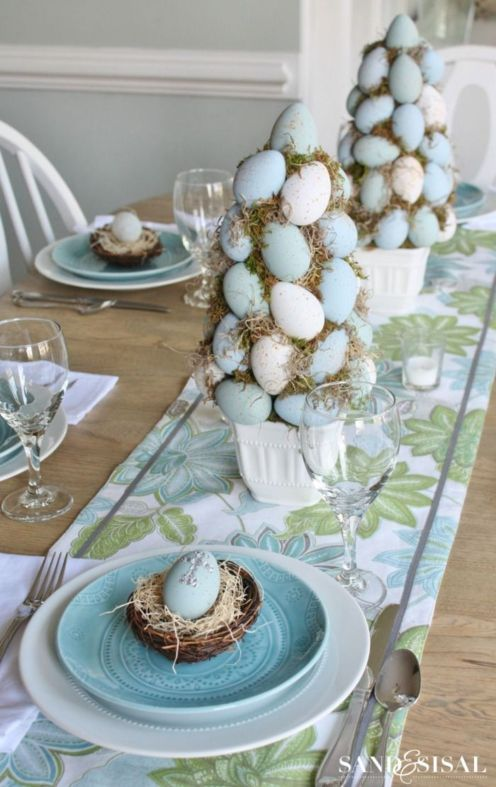Spring tablesetting ideas with flowers live plants and decoartive eggs best for celebrating the Easter Part 43