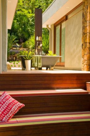 Stunning Outdoor Shower and Bath Spaces That Take You To Urban Paradise Part 21