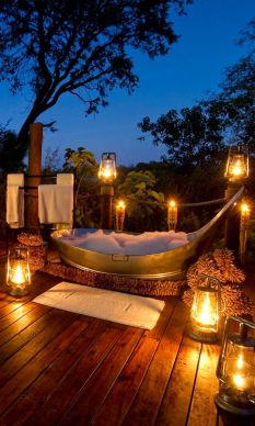 Stunning Outdoor Shower and Bath Spaces That Take You To Urban Paradise Part 26